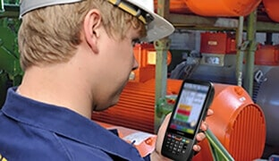Mobile data capture in the maintenance and service industry